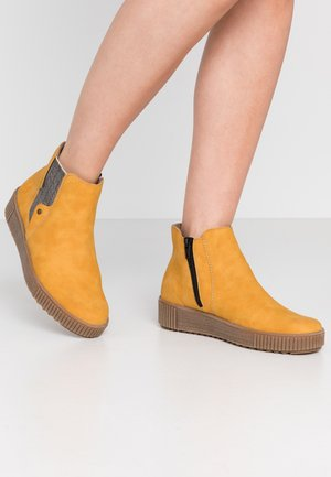 Ankle boots - honig