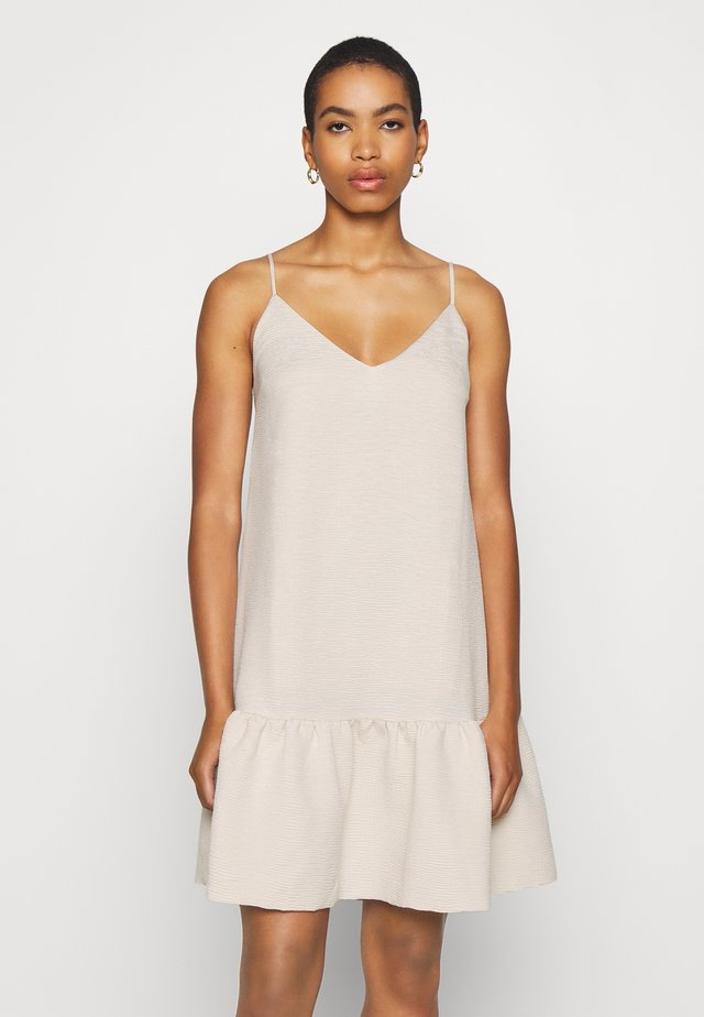 JUDITH SHORT DRESS - Vapaa-ajan mekko - warm white