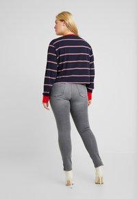 Urban Classics Curvy - LADIES SHORT DYED SKATE STRIPE - Long sleeved top - midnightnavy/red - 2