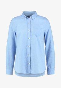 GAP - FITTED BOYFRIEND  - Button-down blouse - light blue - 3
