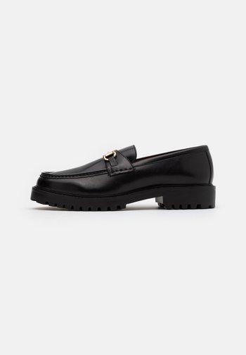 SEAN TRIM LOAFER - Scarpe senza lacci - black