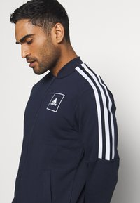 adidas Performance - 3 STRIPES SPORTSWEAR TRACK  - Bluza rozpinana - dark blue - 5
