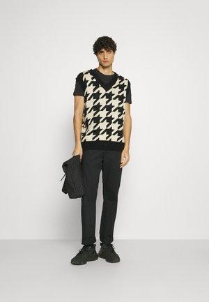 5 PACK - T-shirt basic - white/black/dark blue