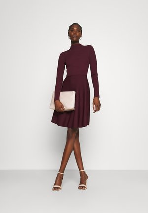 JOSEY - Jumper dress - oxblood
