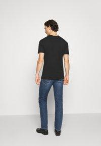 Diesel - D-MIHTRY - Straight leg jeans - blue denim - 2