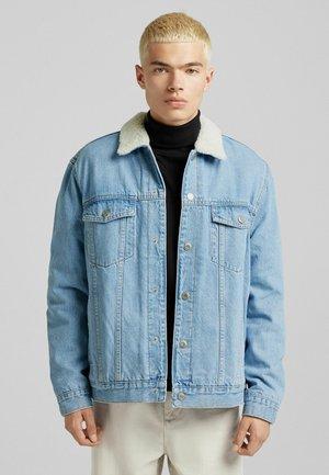 MIT LAMMFELLIMITAT - Denim jacket - blue