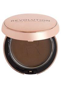 Make up Revolution - CONCEAL & DEFINE POWDER FOUNDATION - Foundation - p15 - 1