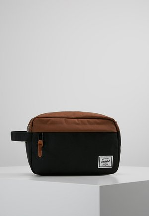 CHAPTER - Toalettmappe - black/saddle brown