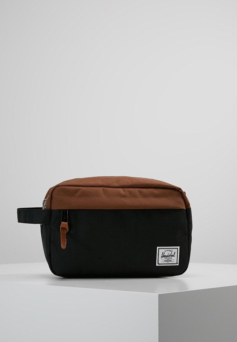 Herschel - CHAPTER - Wash bag - black/saddle brown