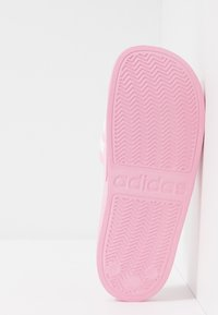 adidas Performance - ADILETTE SHOWER UNISEX - Sandály do bazénu - true pink/footwear white - 5
