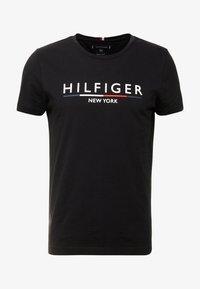 Tommy Hilfiger - CORP UNDERLINE TEE - Printtipaita - black - 3