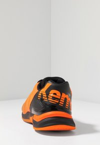 Kempa - ATTACK CONTENDER CAUTION  - Handball shoes - fresh orange/black - 3