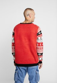 Only & Sons - ONSXMAS MARTIN ALL OVER - Strickpullover - pompeian red - 2