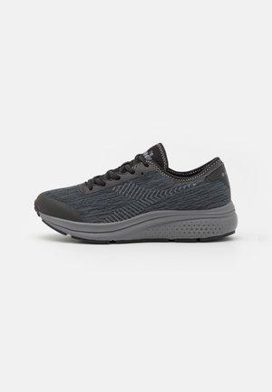 PASSO - Obuwie do biegania treningowe - black/steel gray