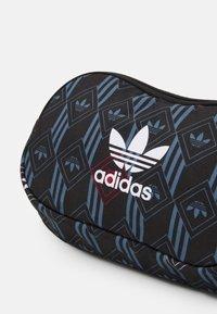 adidas Originals - MONOGR WAISTBAG - Bum bag - black - 4