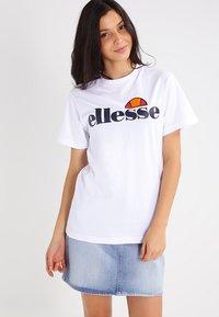Ellesse - ALBANY - T-shirts print - optic white - 0