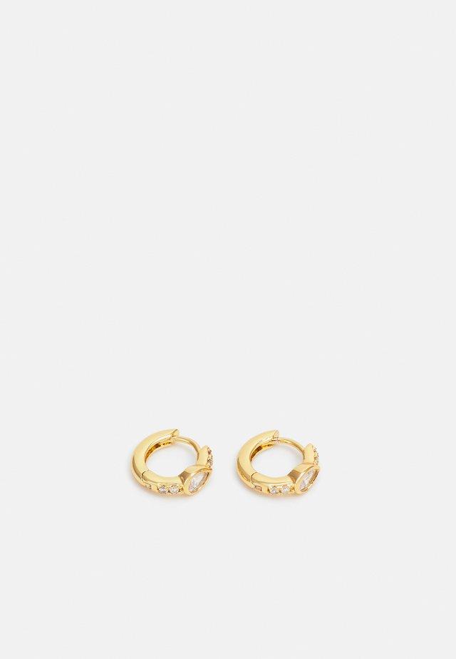 TEARDOP HUGGIE HOOP - Orecchini - gold-coloured