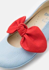Camper - RIGHT - Ankle strap ballet pumps - light/pastel blue - 5