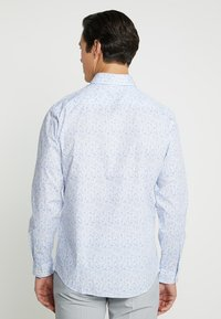 Selected Homme - SLHREGSEL HART - Shirt - white/blue - 2