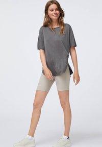 OYSHO - Basic T-shirt - dark grey - 0