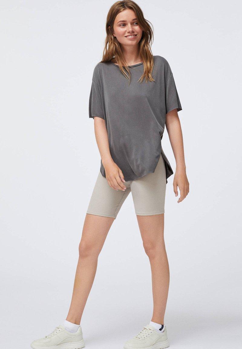 OYSHO - Basic T-shirt - dark grey