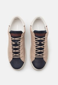 Crime London - Sneakers laag - taupe - 3