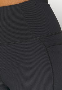Cotton On Body - POCKET BIKE SHORT - Leggings - black - 5