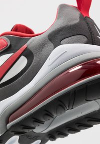 Nike Sportswear - AIR MAX  REACT - Sneakers - black/university red/white/iron grey/particle grey - 5