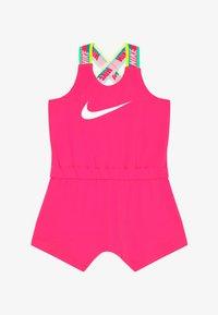 Nike Sportswear - GIRLS RAINBOW ROMPER BABY - Kombinezon - hyper pink - 2