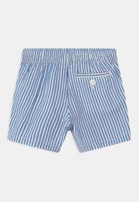 GAP - SEERSUCKER - Shorts - blue - 1