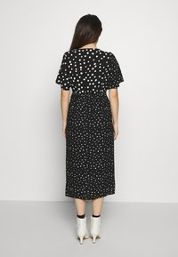 Dorothy Perkins Petite - MONO SPOT MIDI DRESS - Day dress - black - 2
