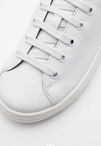 MOSCHINO - Trainers - white - 5