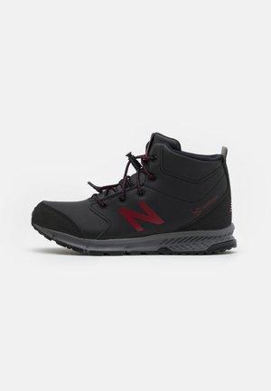 800 UNISEX - Sports shoes - black