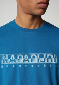 Napapijri - SALLAR - Print T-shirt - mykonos blue - 2
