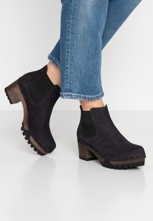 ISABELLE - Ankle boots - blau