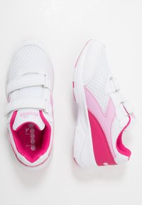 Diadora - EAGLE 3  - Neutral running shoes - white/beetroot pink - 0