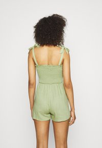 Missguided - TIE STRAP SHIRRED BODICE PLAYS - Overal - khaki - 2