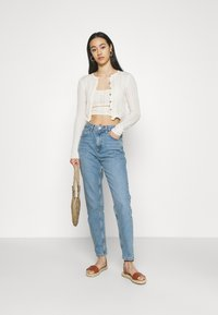 BDG Urban Outfitters - VINTAGE MOM - Relaxed fit jeans - blue denim - 1