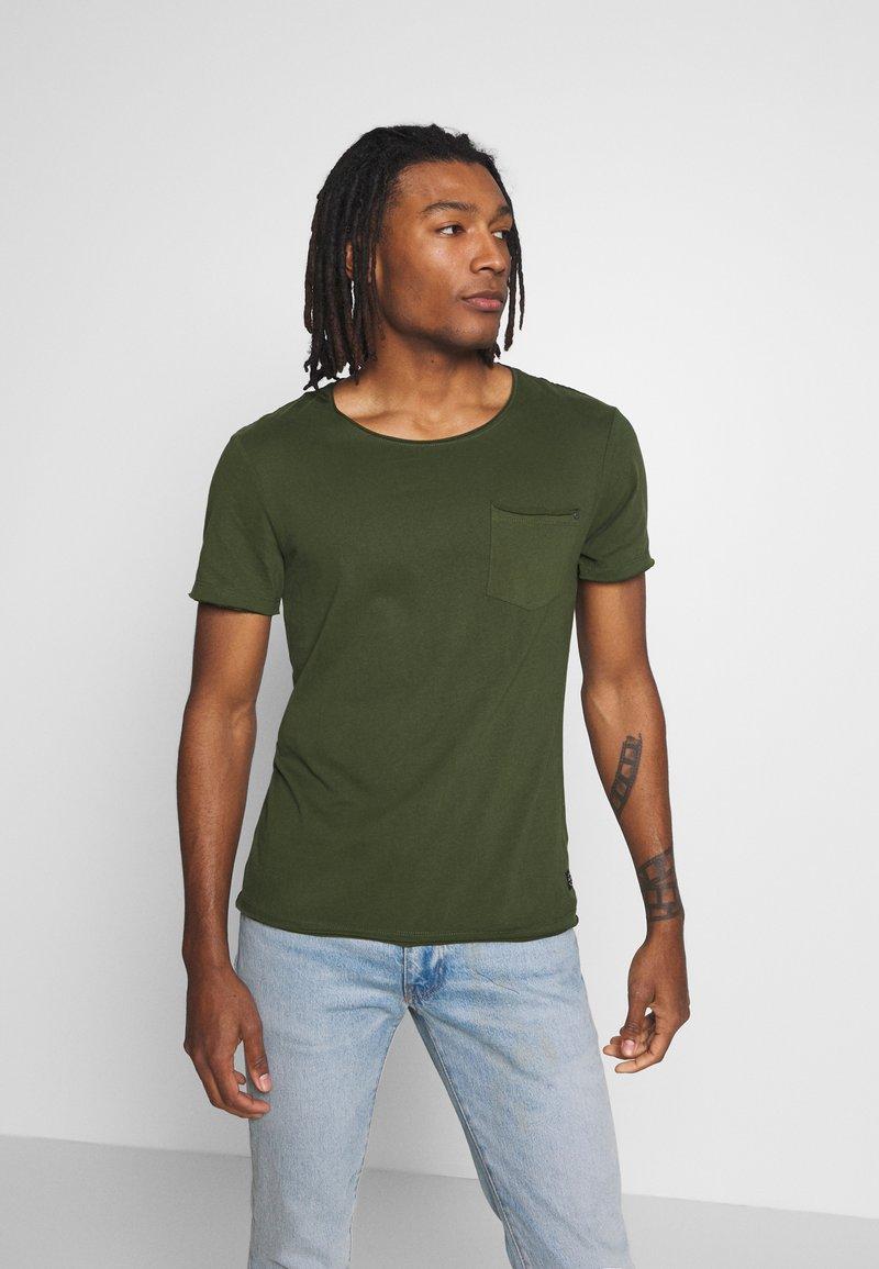 Blend - SLIM  - Basic T-shirt - forest green