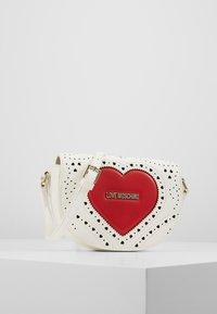 Love Moschino - Taška spříčným popruhem - white - 0