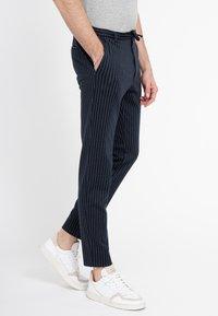 Zuitable - Trousers - blau - 2