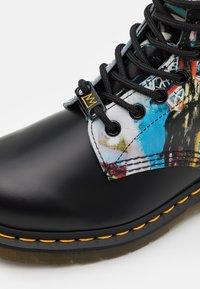 Dr. Martens - 1460 BASQUIAT - Lace-up ankle boots - black - 5