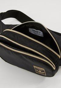 adidas Originals - WAISTBAG - Bum bag - black - 5