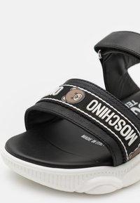 MOSCHINO - UNISEX - Sandals - black - 5