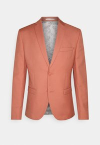 Isaac Dewhirst - THE FASHION SUIT NOTCH - Suit - coral - 16