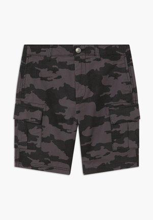 BERMUDA - Pantalones cargo - grey/black