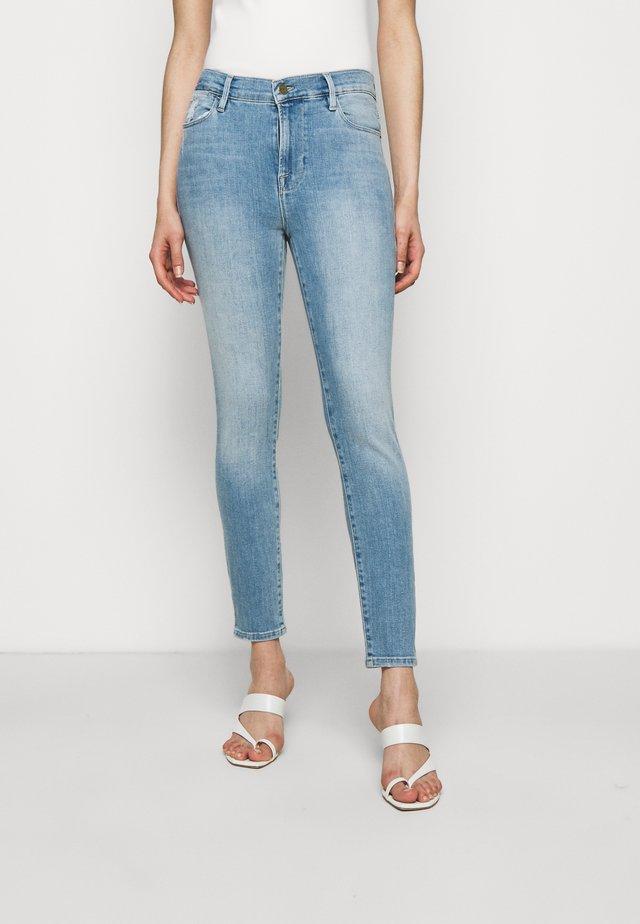 LE HIGH - Jeans Skinny - overturn