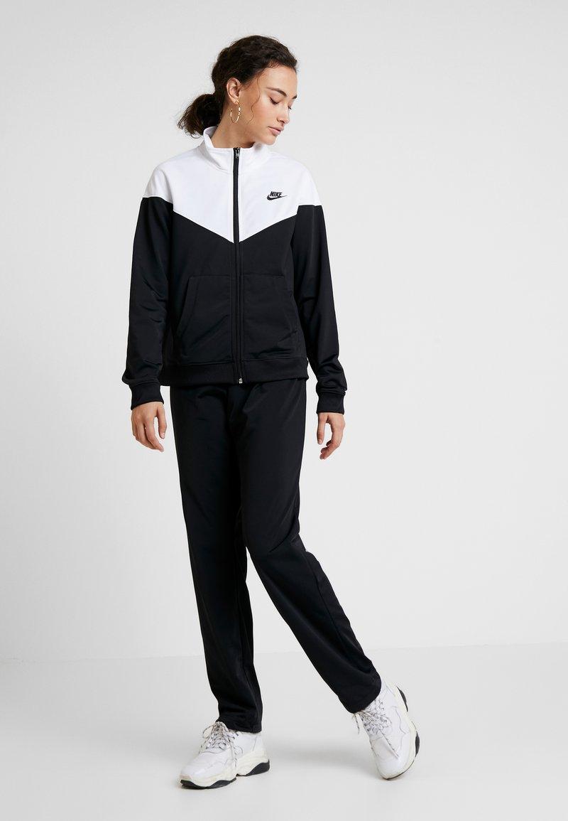 Nike Sportswear - SUIT - Trainingspak - black/white