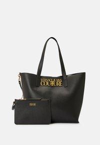 Versace Jeans Couture - SAFFIANO LOCK - Tote bag - nero - 7