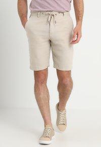 Lindbergh - Shorts - sand - 0